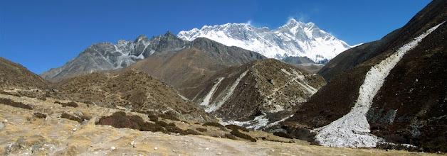 Photo: Vue sur le Lhotse à la yersa d'Orsho