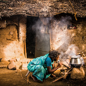 Indian Village People's Cooking style. by Eb Jai - People Street & Candids