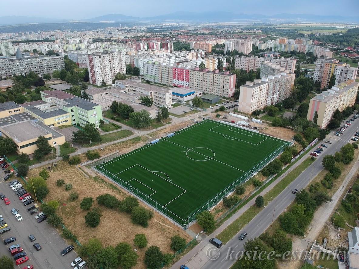 Výstavba futbalového ihriska na Janigovej ulici