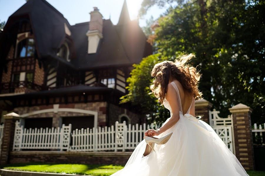 Wedding photographer Aleksey Malyshev (malexei). Photo of 25.09.2017