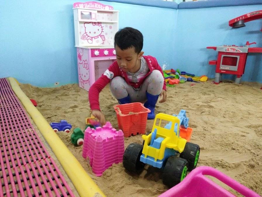 main pasir indoor