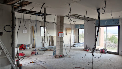 Photo: Plafonds bijna dicht