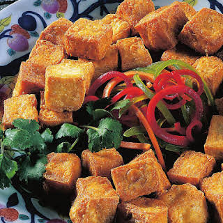 Deep-fried Tofu with Peanut Sauce.