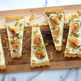 Fig Mascarpone Tart With Pistachio Black Pepper Crust
