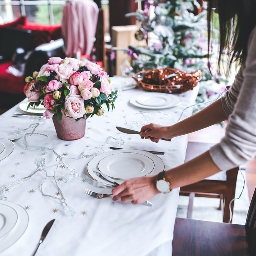 Centro de flores para la mesa de Navidad: ¿cómo conseguir el ideal?