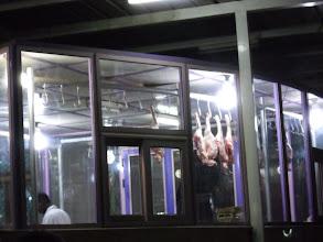 Photo: questi sono i pezzi di capra che mangeremo!!