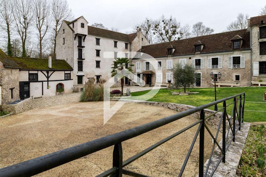 Vente propriété 9 pièces 1800 m² à Claye-Souilly (77410), 2 750 000 €