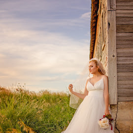 Kalle Bridal Photography in Grace Idaho around an overgrown barn by Elizabeth Loera - Wedding Bride ( idaho, grace, bridal, overgrown, barn, wedding, photography )