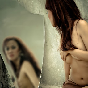 Mirror and Brur by Secret Photos - Nudes & Boudoir Boudoir