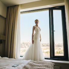 Wedding photographer Lena Vanichkina (Inoursky). Photo of 19.10.2016