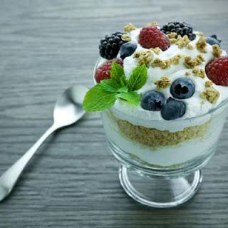 Copycat Fruit 'N Yogurt Parfait