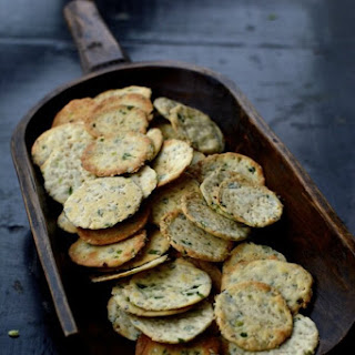 Homemade Scallion Sesame Crackers