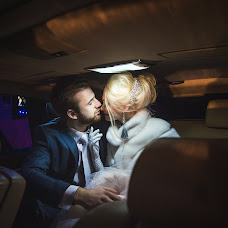 Wedding photographer Vitaliy Pestov (Qwasder). Photo of 30.01.2016