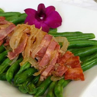 Green Beans with Smokey Bacon Vinaigrette