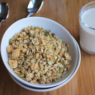 Toasted Coconut & Oatmeal Granola (Gluten-free).