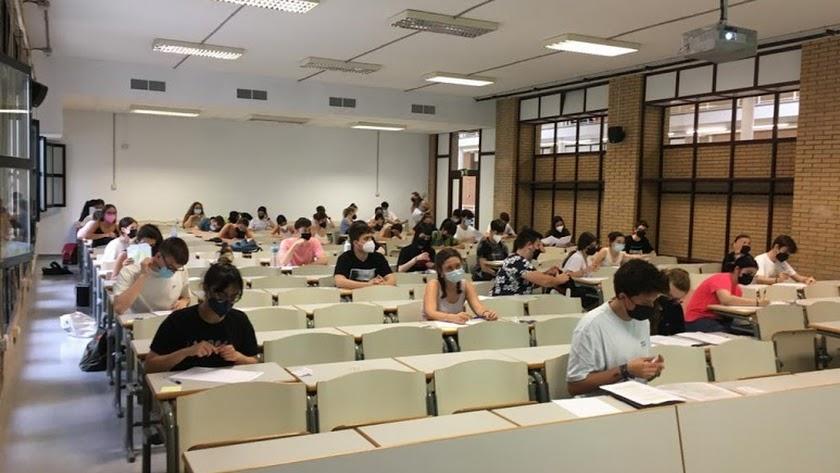 Examen de la PEvAU en la Universidad de Almería.