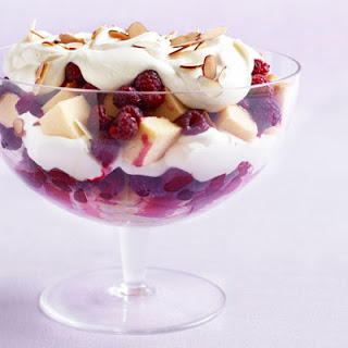Holiday Trifle