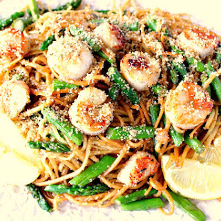 Sweet Caramelized Seared Scallops with Linguine, Asparagus & Buttered Breadcrumbs Recipe