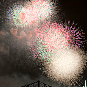 The Finale by Arnaldo Ronca - Abstract Fire & Fireworks ( montreal, fireworks )