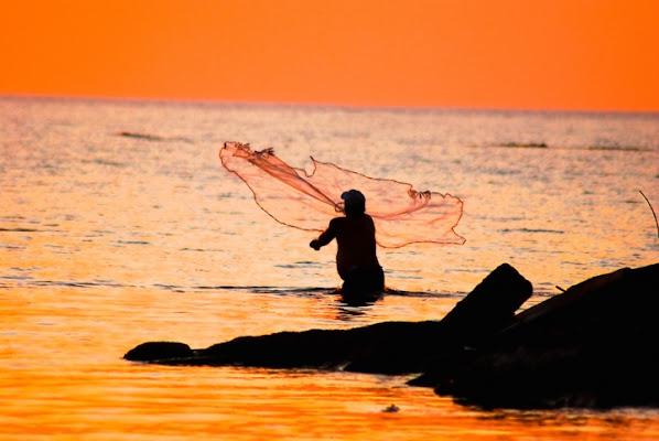 Il pescatore e il mare di enea