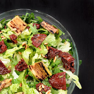 Green Salad with Sun dried Tomatoes and Zucchini