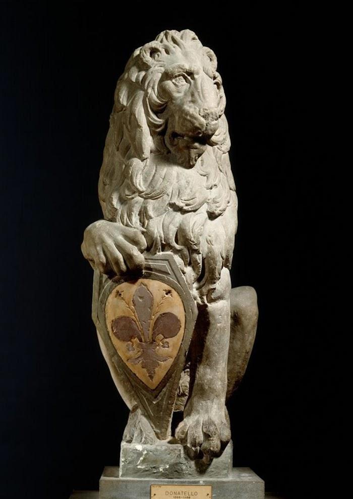 Donatello, Marzocco, 1418-20, pietra serena, Museo del Bargello, Firenze