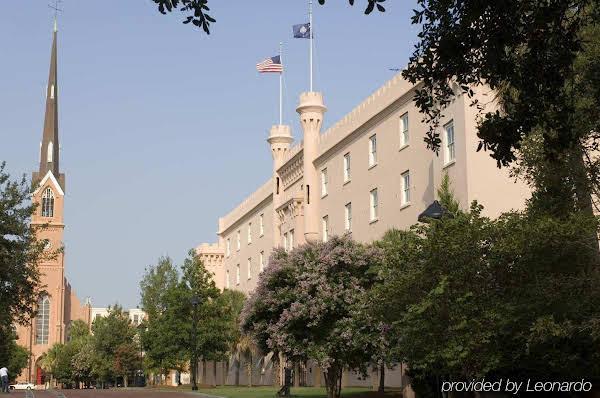 Embassy Suites Charleston - Historic Charleston