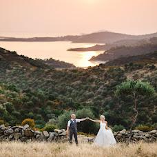 Wedding photographer Aleksey Puzikov (LaZpuZ). Photo of 08.11.2015