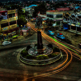 kotamobagu  by Firmansyah Goma - City,  Street & Park  Street Scenes ( kotamobagu, bundaran paris,  )