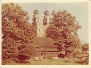 Photo: Kościół i spichlerz. Zdjęcie: ks. Jan Kapołka