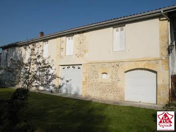 Maison 9 pièces 245 m2