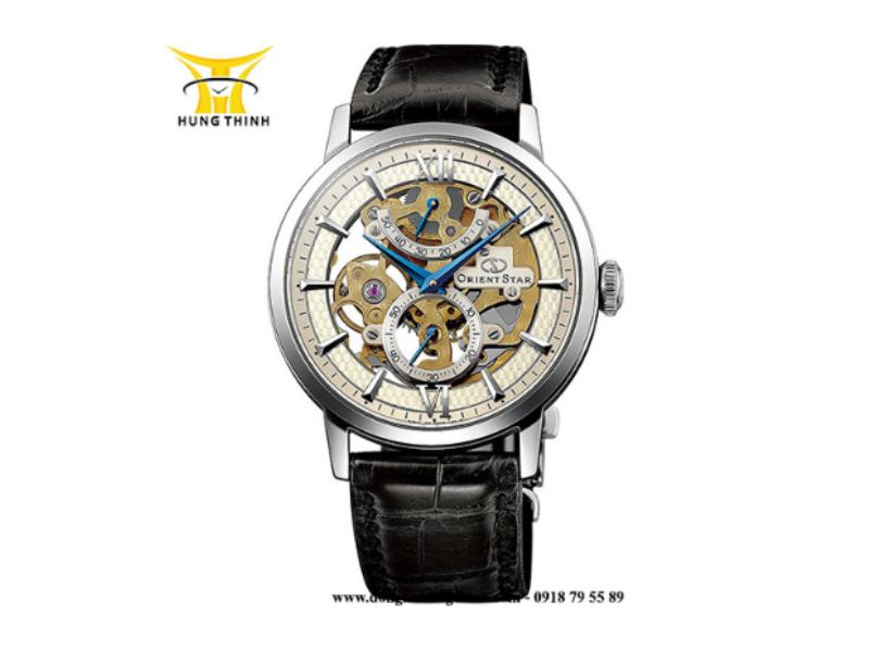 Một sản phẩm đồng hồ Orient Star dây da nam lộ máy cho thấy bộ máy bên trong cực ấn tượng (Chi tiết sản phẩm tại đây)