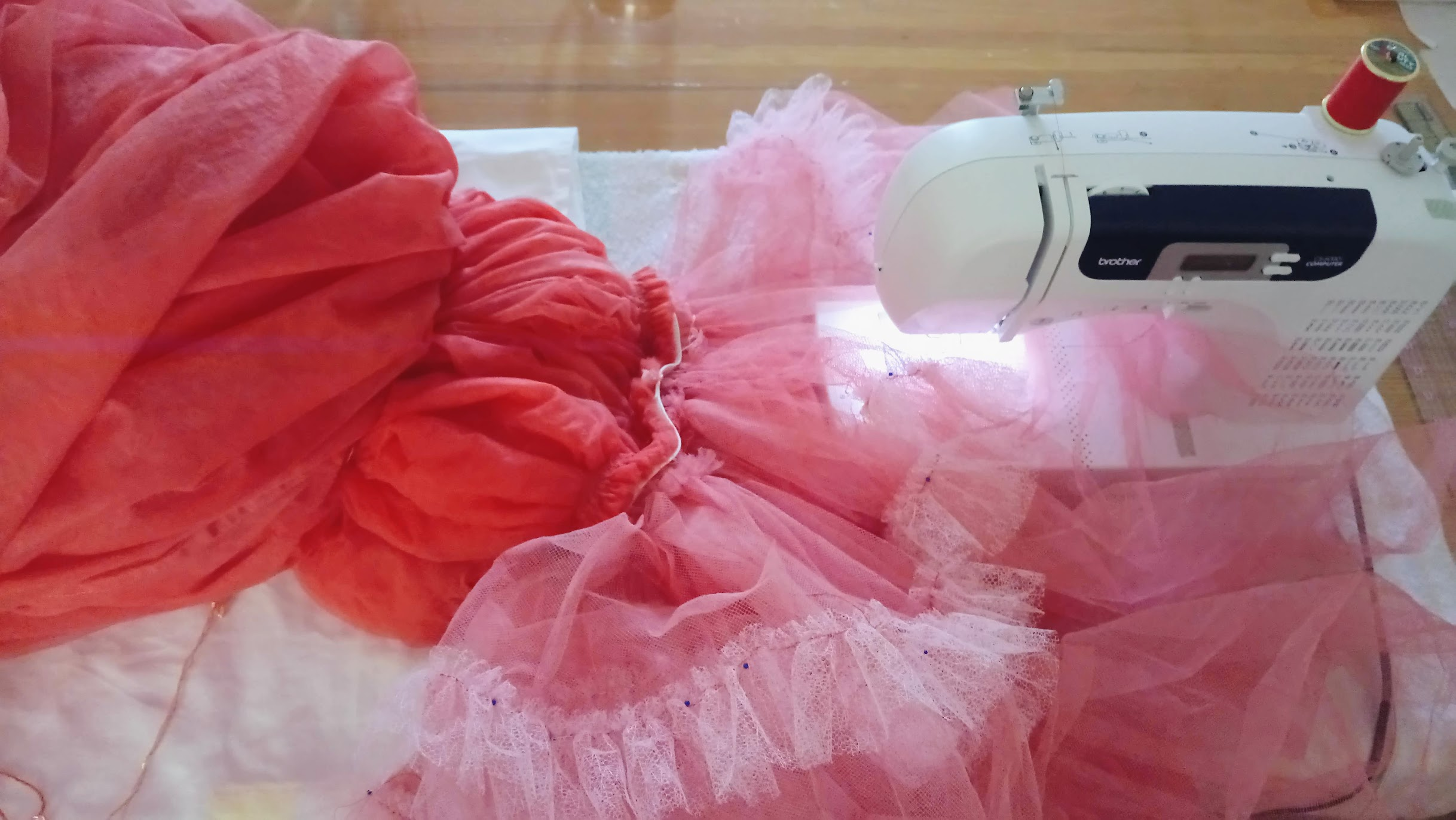 Crinoline In-Progress: Bubblegum Dreaming Cage Dress - DIY Fashion Garment   fafafoom.com