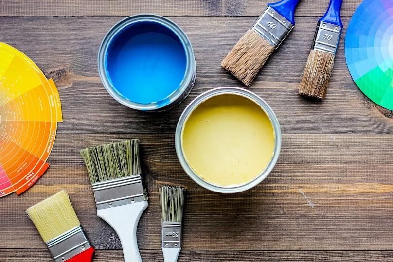 Farby akrylowe są stosunkowo odporne na zadrapania