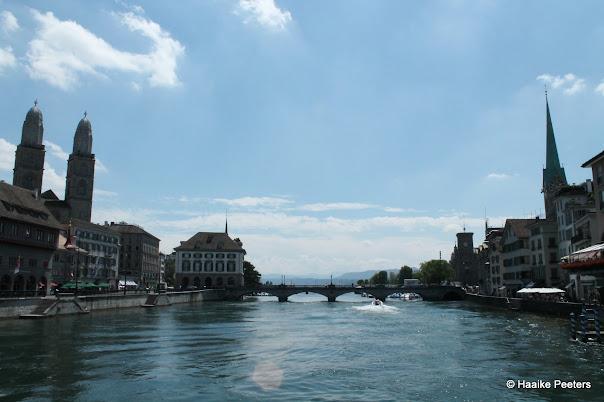 Zürich centrum (Le petit requin)