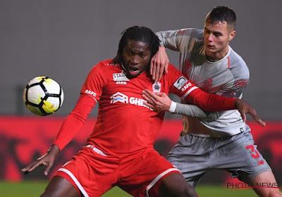 Onvermijdelijke Mbokani trapt tien Antwerp-spelers nog naar gelijkspel tegen Standard