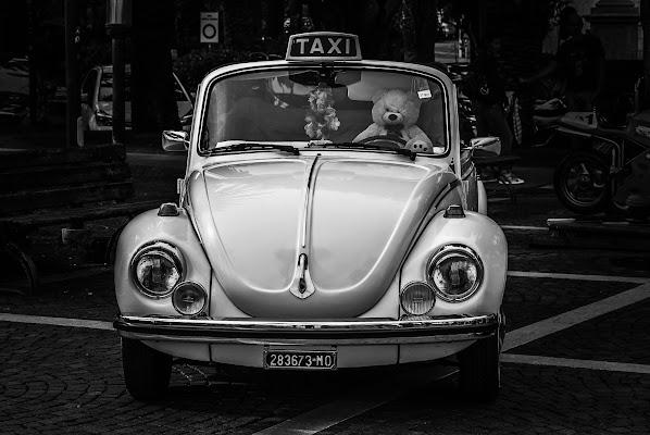 Taxi?!?  di davide_roncarolo