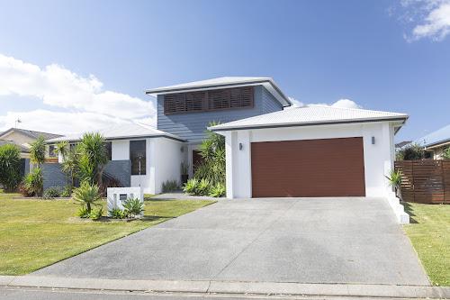 Photo of property at 13 John Hall Drive, Taree 2430