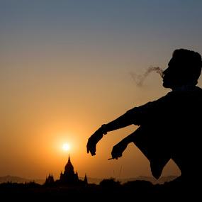 Bagan Sunset by Felix Hug - People Street & Candids ( myanmar, sunset, bagan, smoke, silhouette )