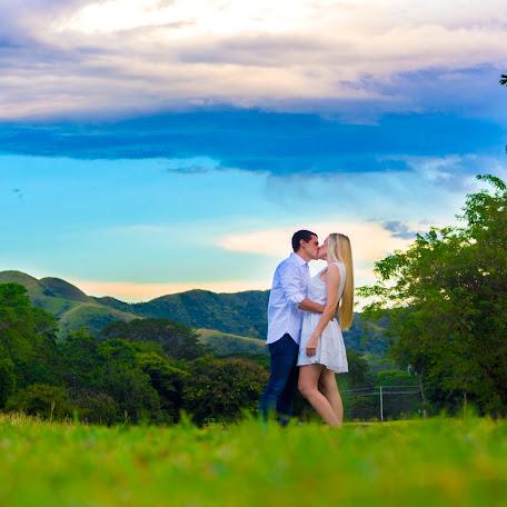 Fotógrafo de bodas Antonio Burgos (essentialsphoto). Foto del 31.10.2017
