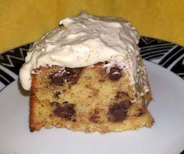 Dee's Yummy Banana Cake Topped with Banana Mousse