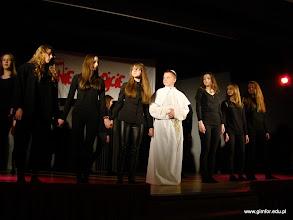 """Photo: Bóg-Honor-Ojczyzna: Konkurs Inscenizacji Teatralnych """"Z Janem Pawłem II do świętości"""" [04.04.2014]"""