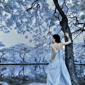 dingiiiinnnn by Endah Dian - Wedding Bride