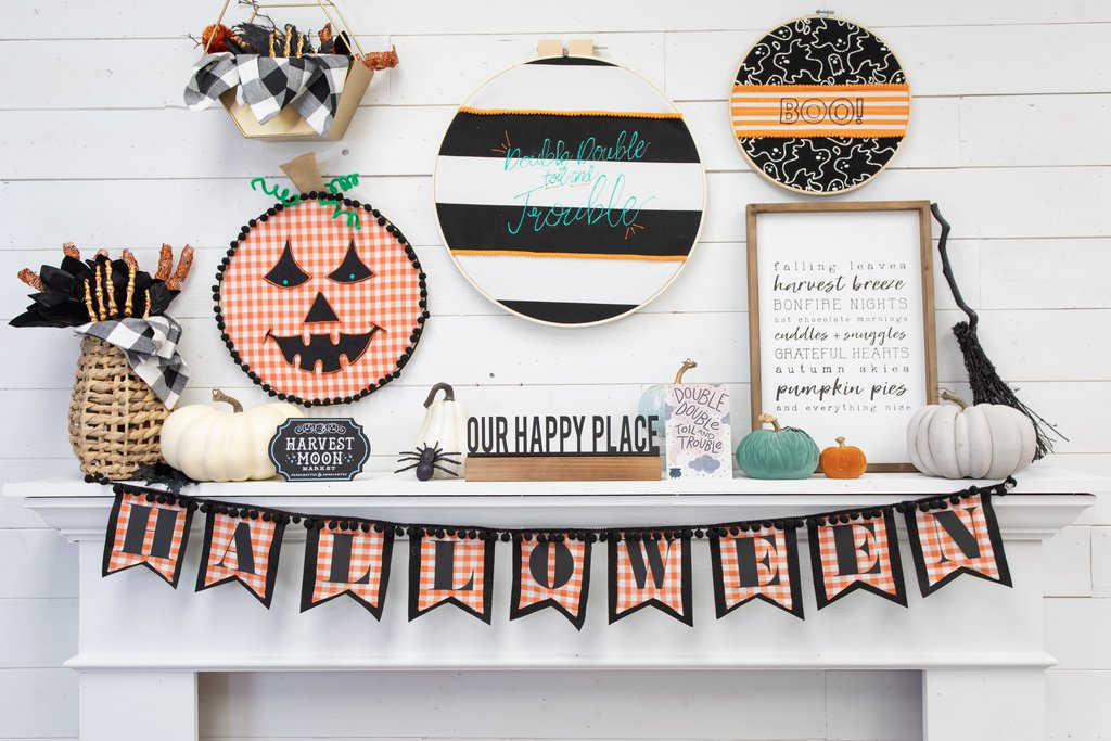 Make An Accent Halloween Wall with Paper Pennants