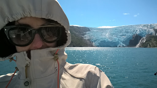 6 WP_20150805_14_29_23_Pro.jpg - It's chilly this close to the glacier. Not kidding.