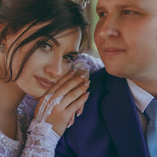 Wedding photographer Milena Dukhnenko (milenawed31kmv). Photo of 21.08.2017