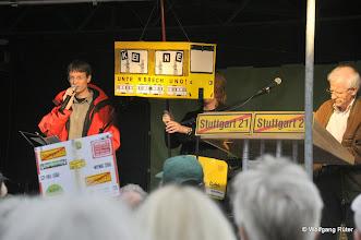 Photo: Matthias v. Herrmann stellt die Aktion Stadtbahnkampagne vor