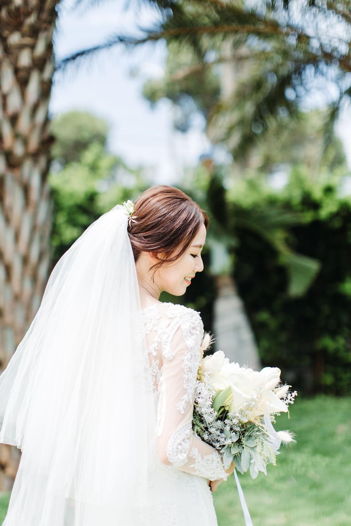 在 新竹 的 港南艾茉爾舉行 陽光正好的戶外 證婚 婚禮 , 是每位新娘夢寐以求的西式婚禮樣式!