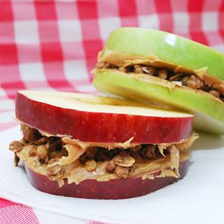Apple, Peanut Butter & Granola Sandwiches