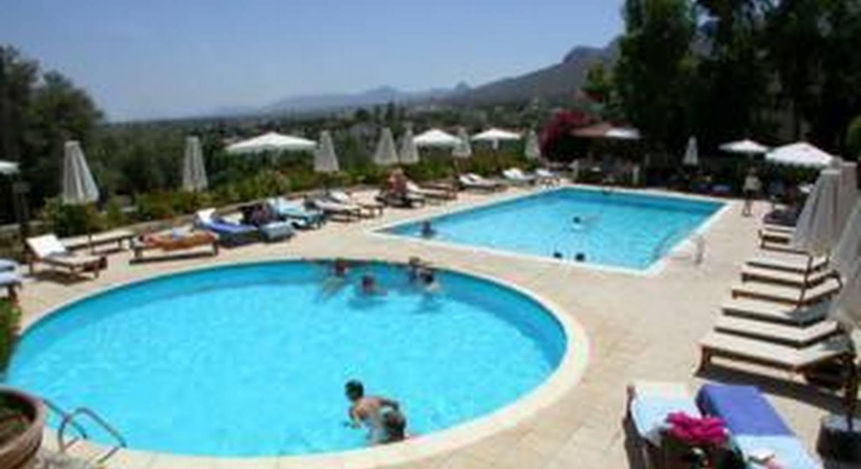 Bellapais Monastry Village Kyrenia